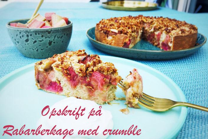 Opskrift rabarberkage med crumble