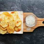 Sprøde kartoffelchips